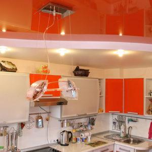 Натяжные потолки на кухне - 6 м2